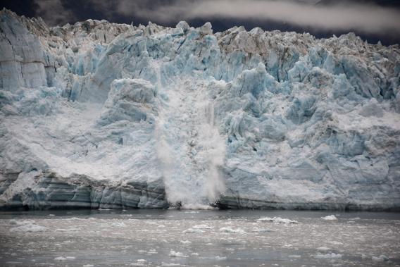 Major Hubbard Glacier Calving