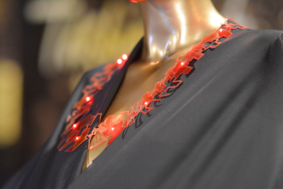 Anke Loh in collaboration with Fraunhofer IZM LED Necklace