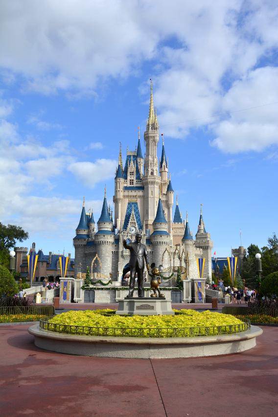 Disney Statue at Magic Kingdom, Cinderella's Castle