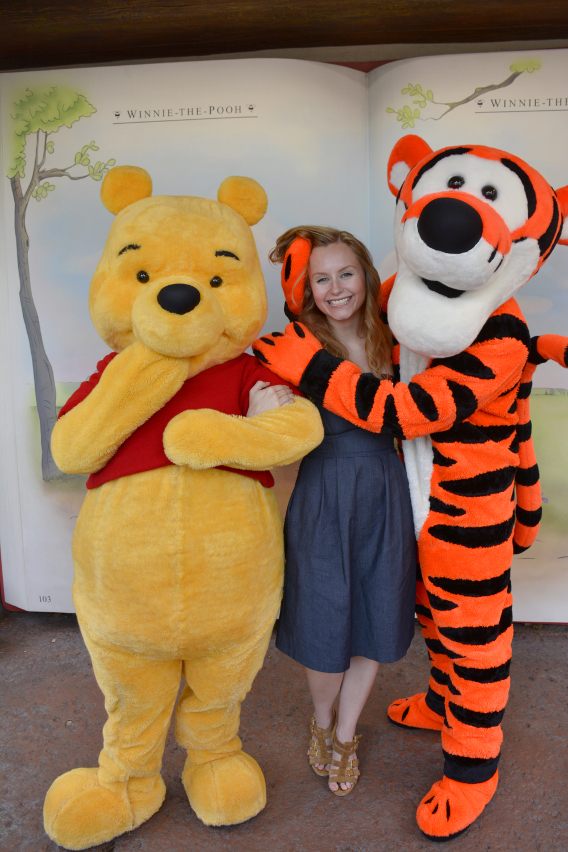 Sed Bona with Winnie the Pooh and Tigger 5