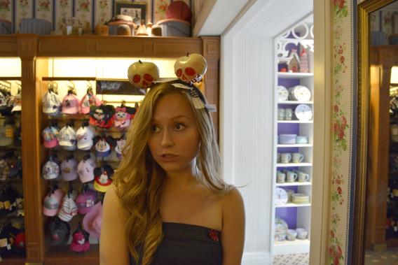 Poisoned Apple Minnie Mouse Ears, Disneyworld 2