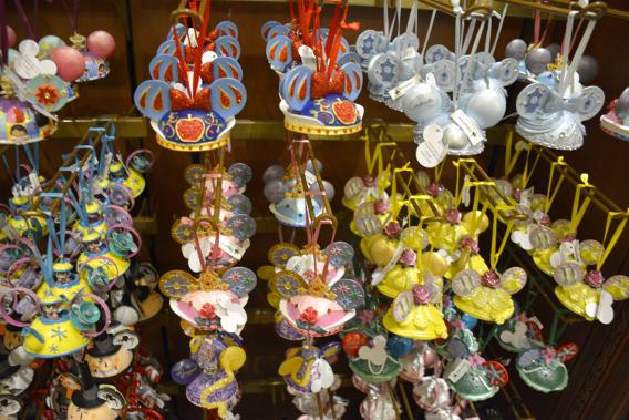 Minnie Mouse Hat Princess Ornaments at Disneyworld