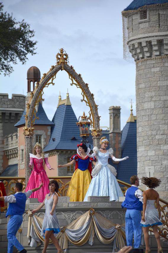 Princess Performance at Cinderella's Castle 2