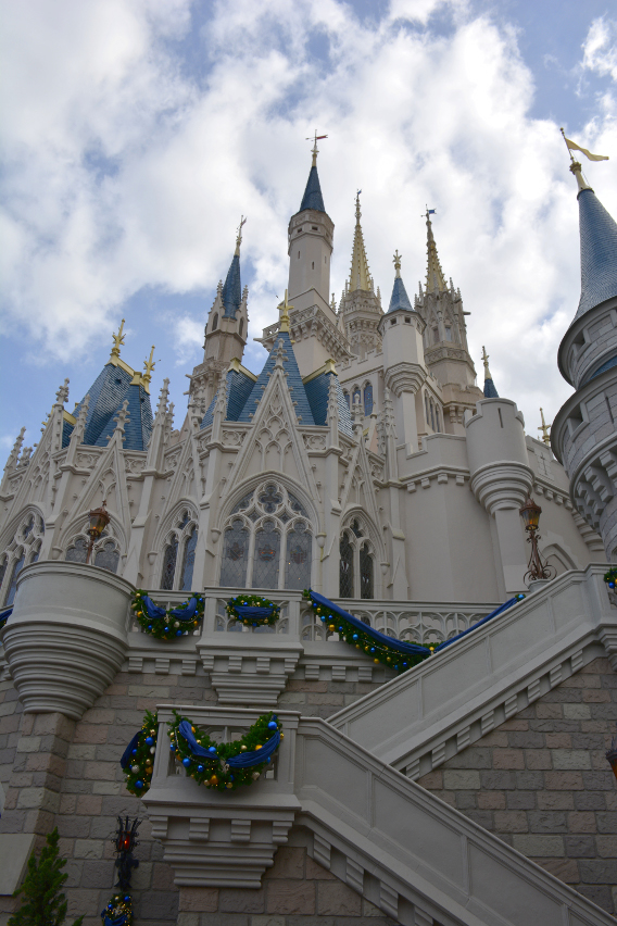 Cinderella's Castle at Magic Kingdom Disneyworld Orlando