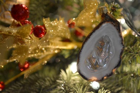 Sur la Table Oyster Ornament