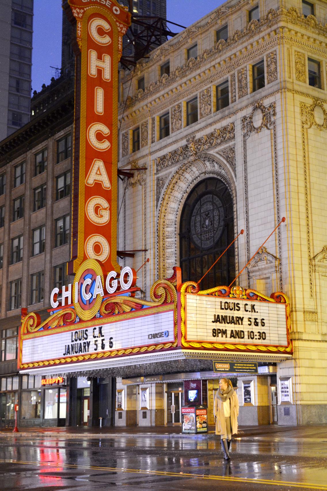 Chicago Theatre with Sed Bona 2