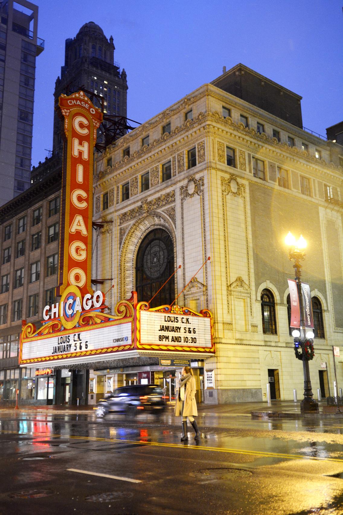 Chicago Theatre with Sed Bona 5