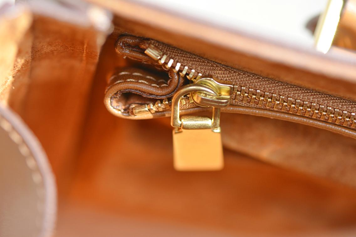 Alexander McQueen Small Heroine Bag Purse in Burnt Camel 19