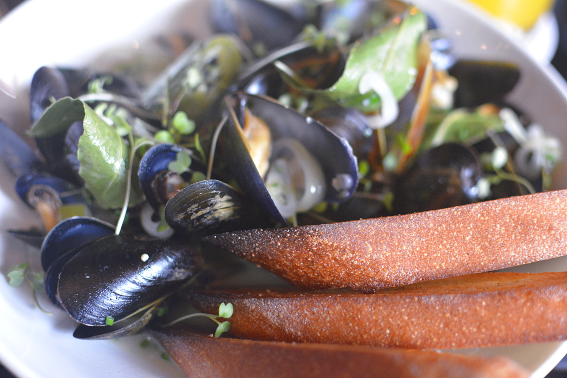Presidio Chicago PEI Mussels