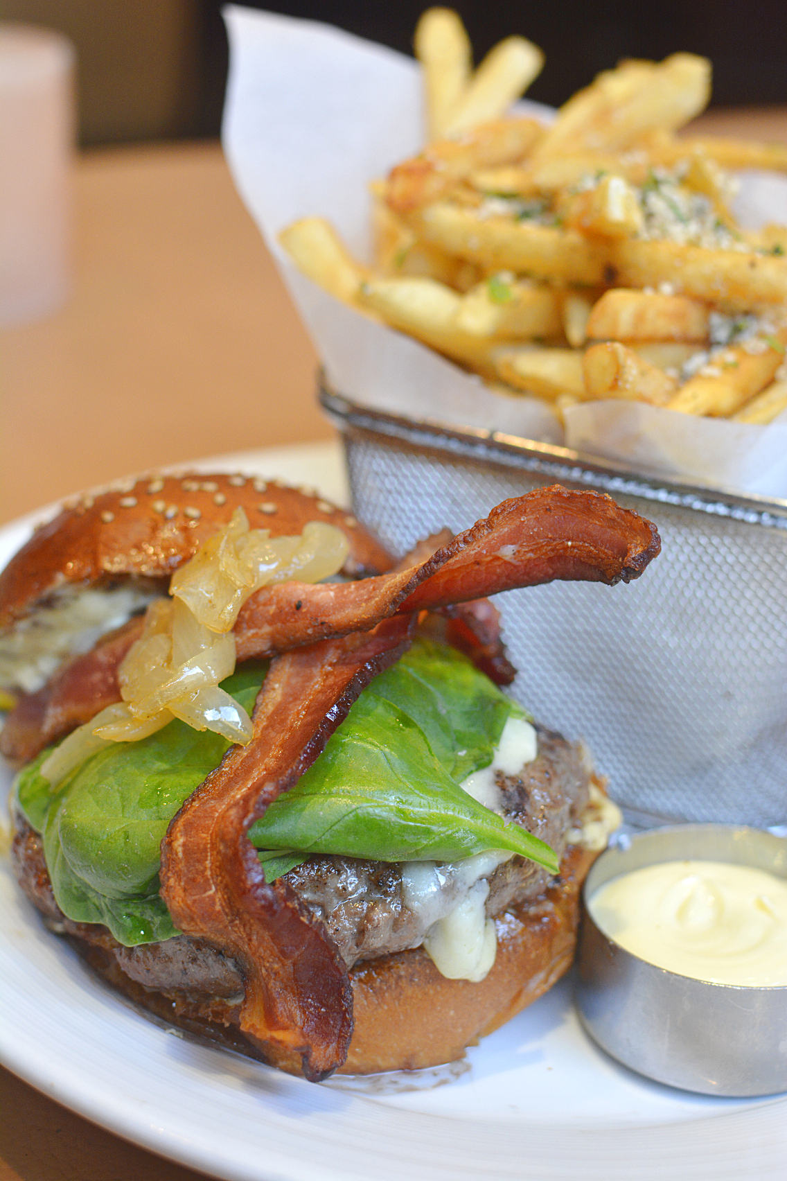 David Burke's Primehouse Chicago 40 DAY Dry-Aged Prime Steak Burker Burger 2