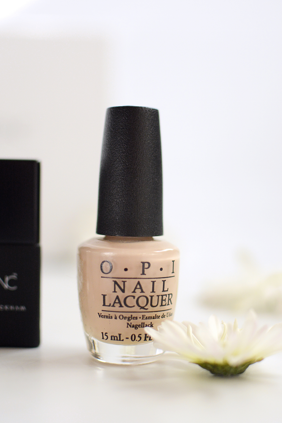 Nude Nail Polish for Pale Skin 9
