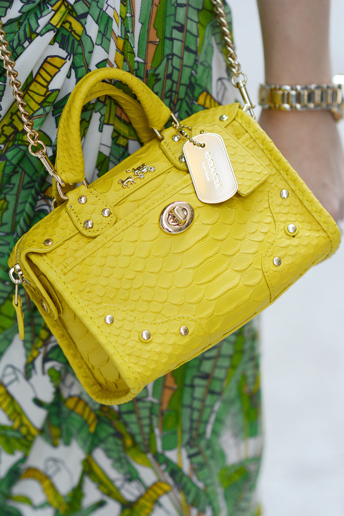 Coach Rhyder 18 crossbody bag in python embossed yellow leather 4