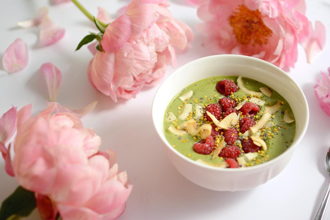 Matcha Green Tea Protein Smoothie Bowl 12