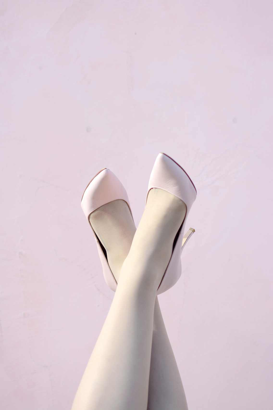 Zara Pleated Skirt Kate Spade Book Clutch Everlane Silk 1