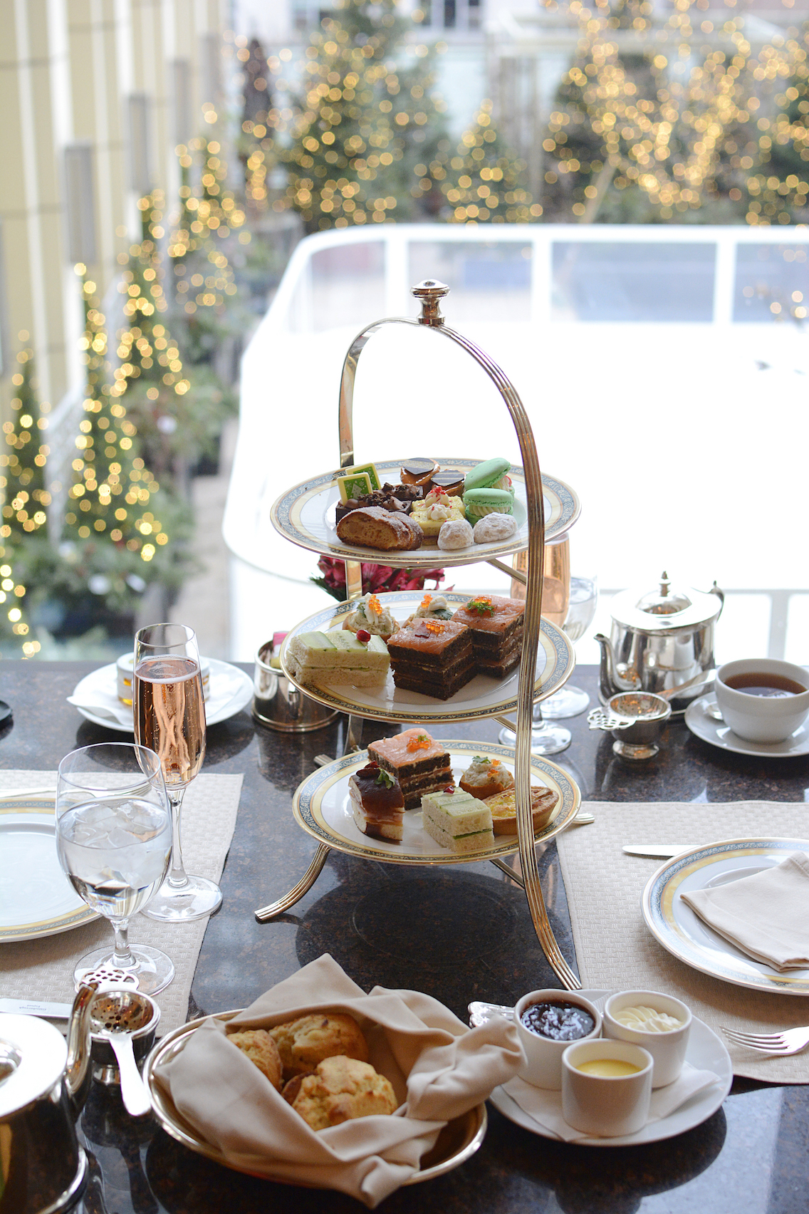 Peninsula Chicago Holiday Afternoon Tea 2015 14