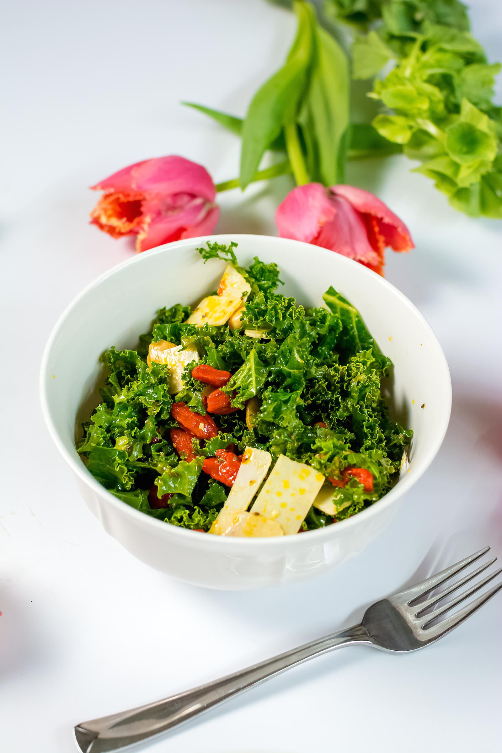 Goji Berry Kale Detox Salad Recipe
