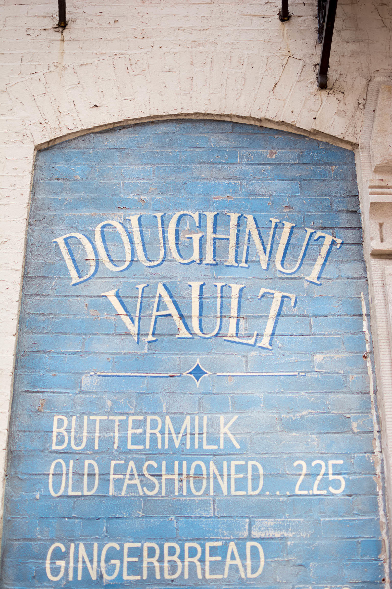 Doughnut Vault Chicago River North Old Fashioned