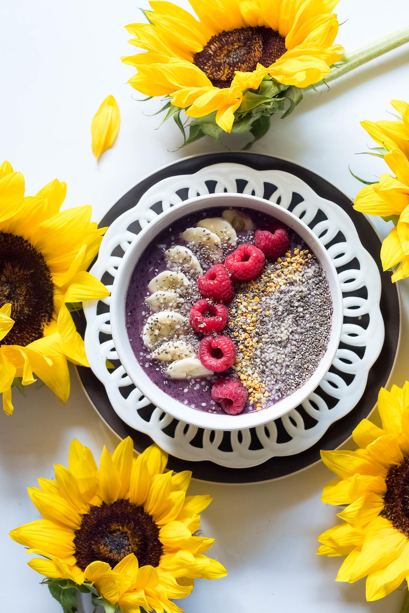 Brain Dust Acai Blueberry Smoothie Bowl Bee Pollen