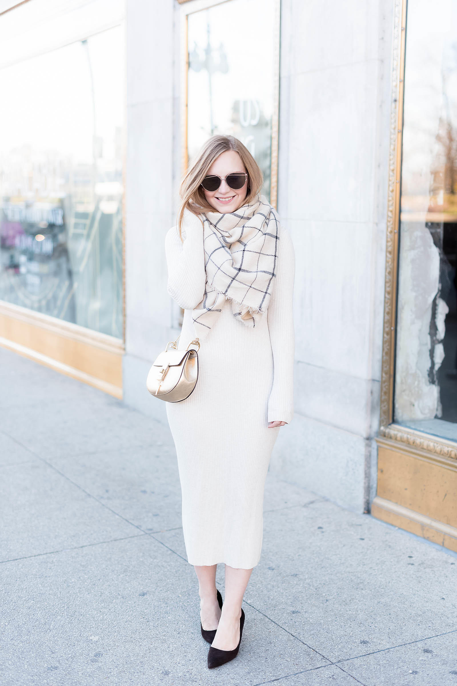 Easy Thanksgiving Sweater Dress Outfit Ideas