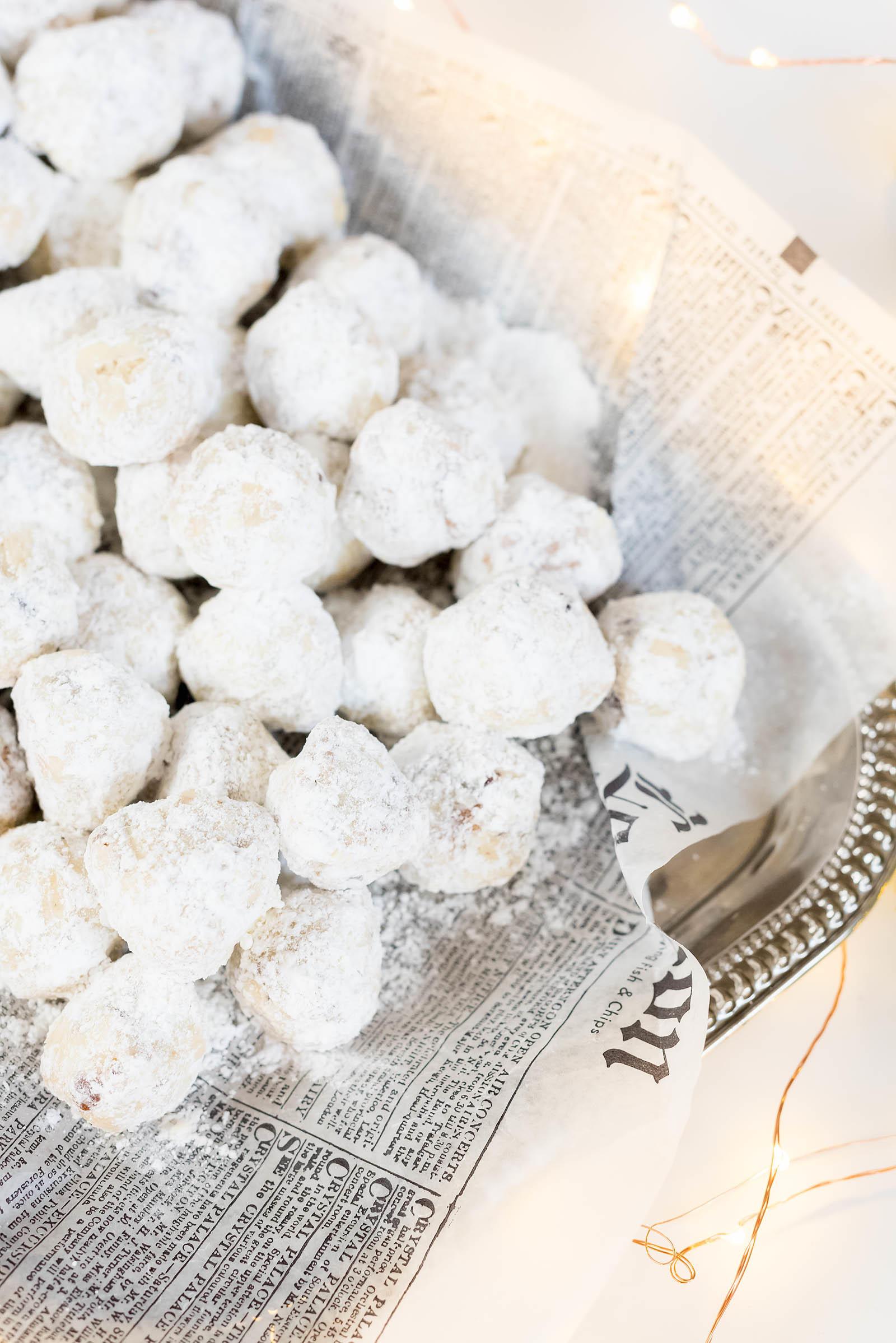 Pecan Snowball Christmas Cookies