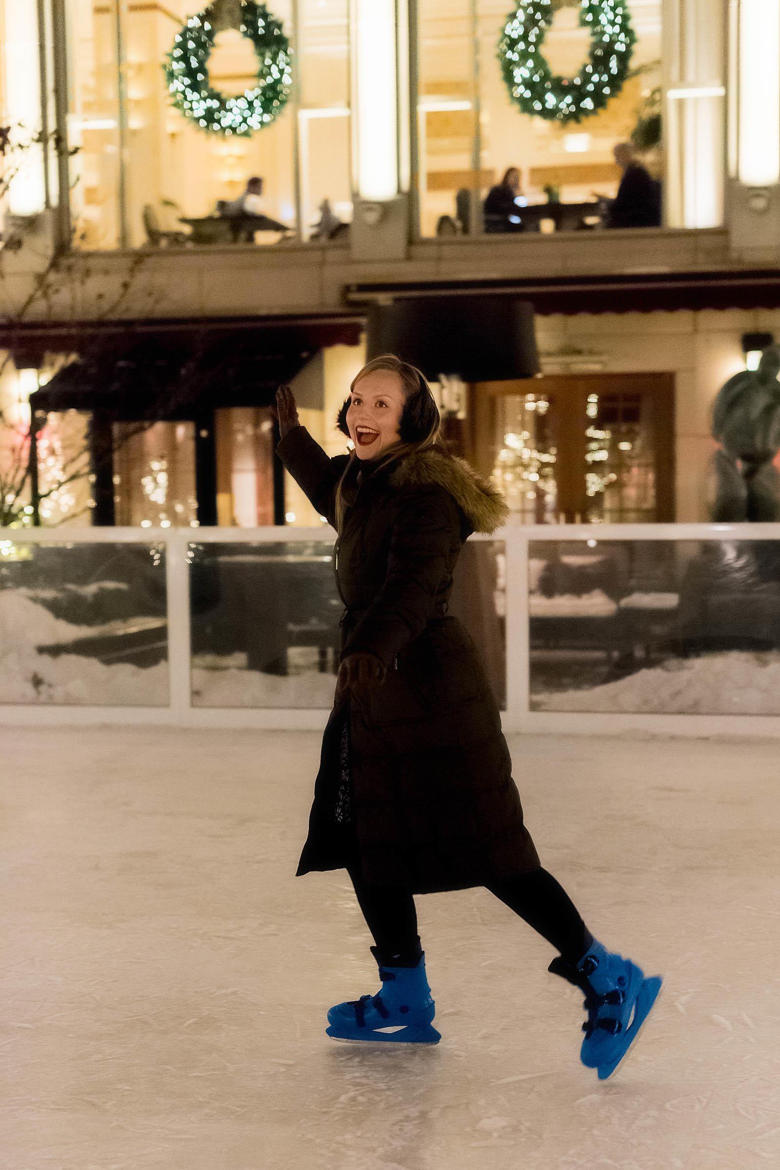 Peninsula Hotel Chicago Holiday SkyRink Ice Rink