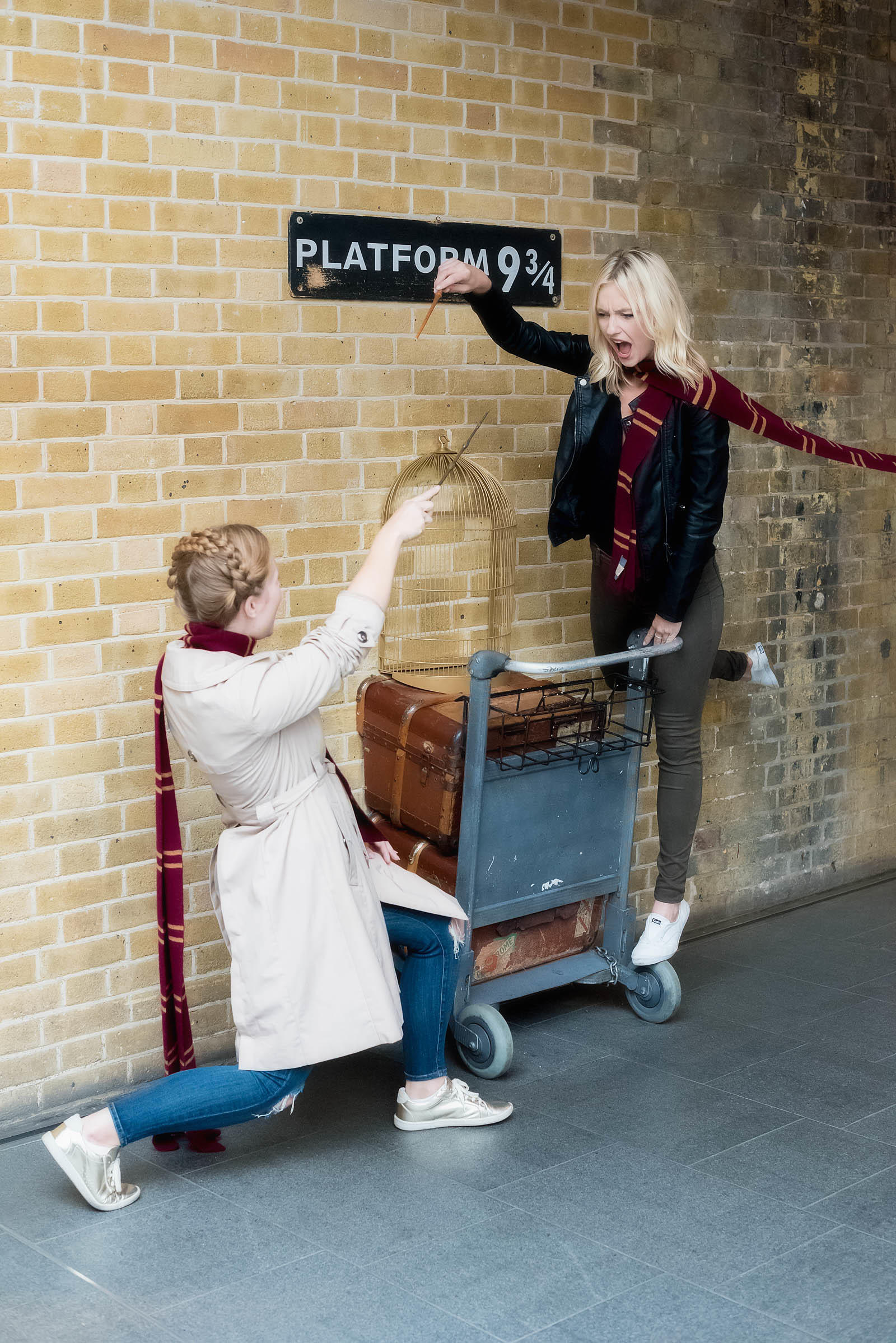 Platform 9 3/4 London King's Cross Station Harry Potter London