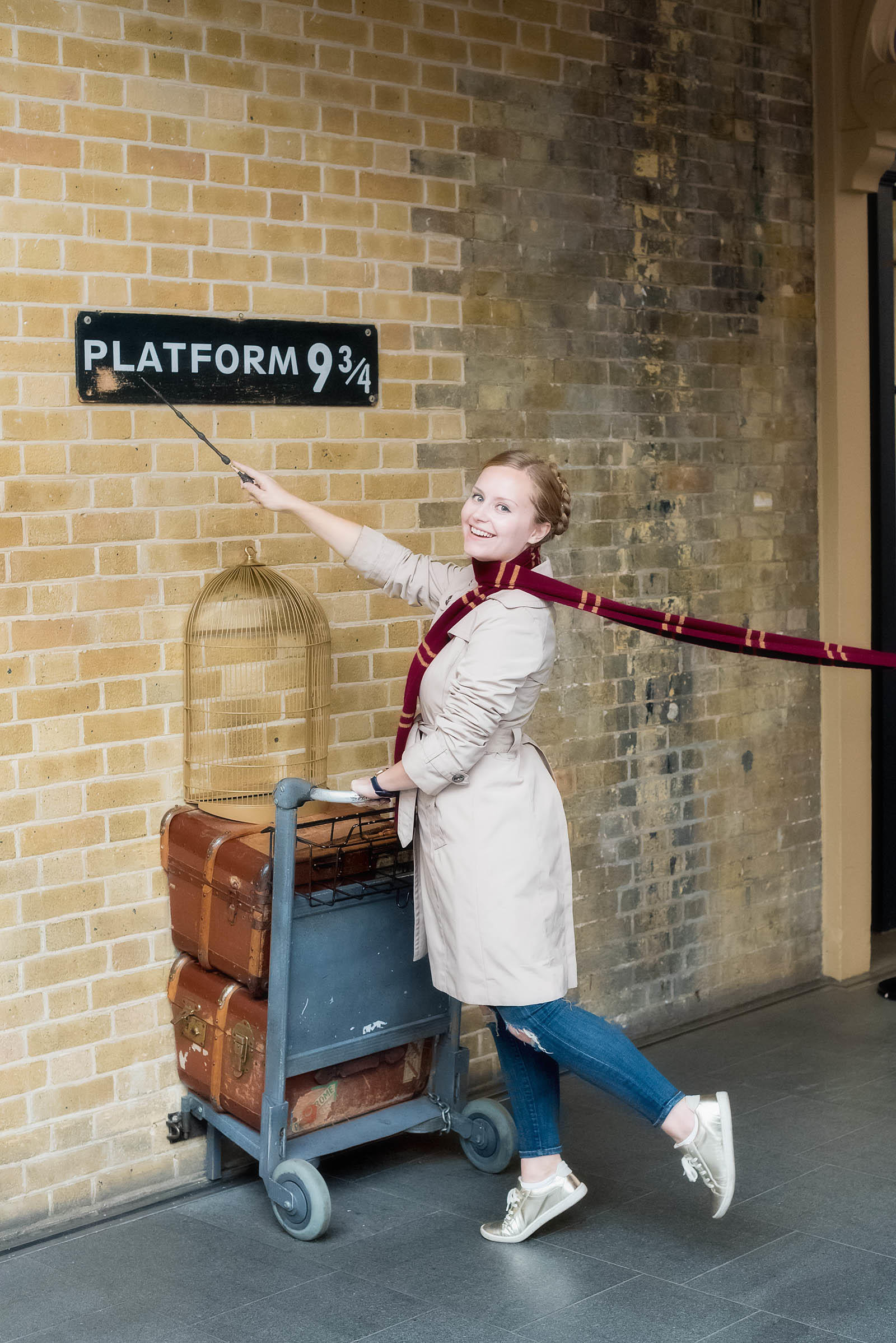 Platform 9 3/4 London King's Cross Station Harry Potter London