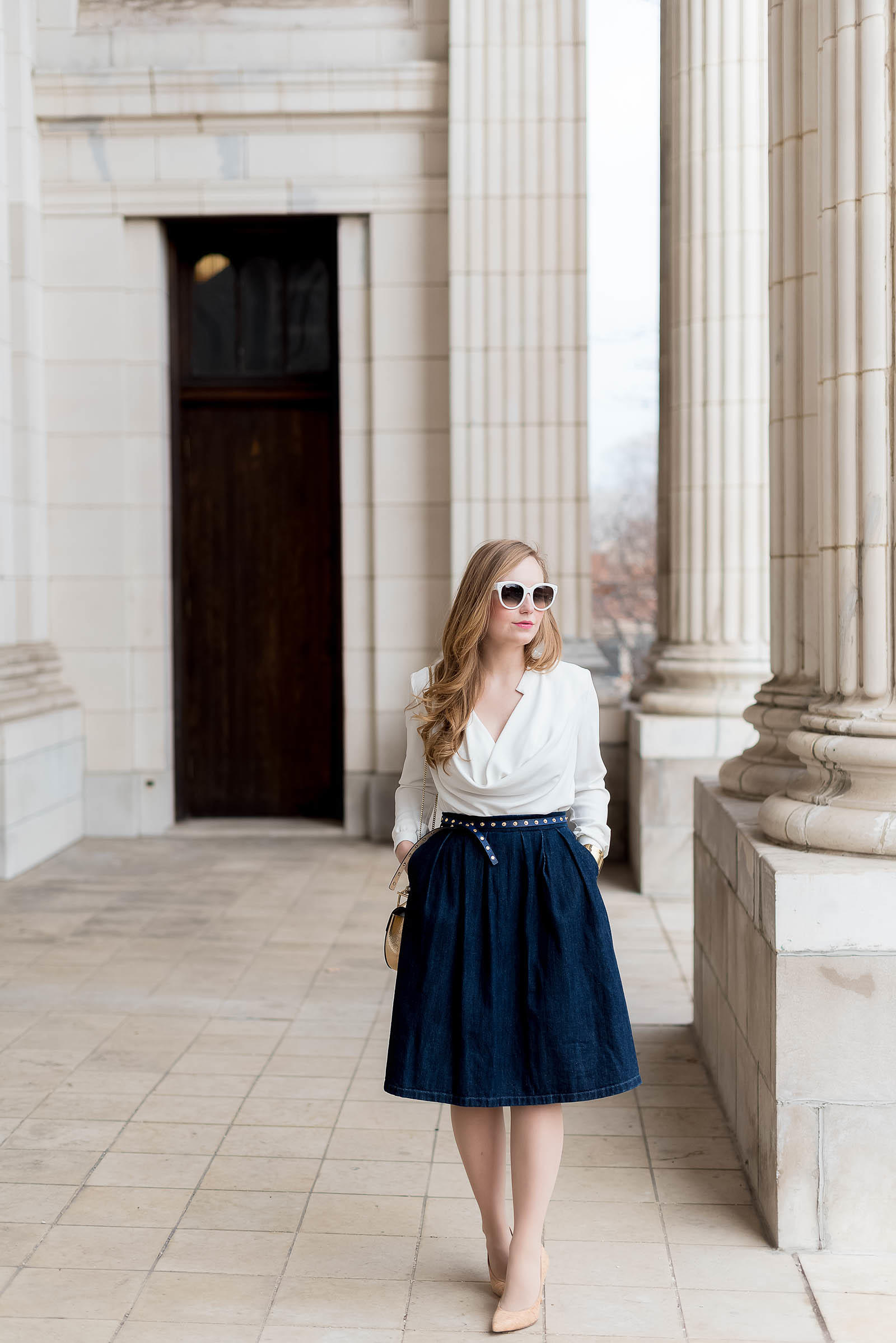 Jean Classic White Blouse Stud Outfit