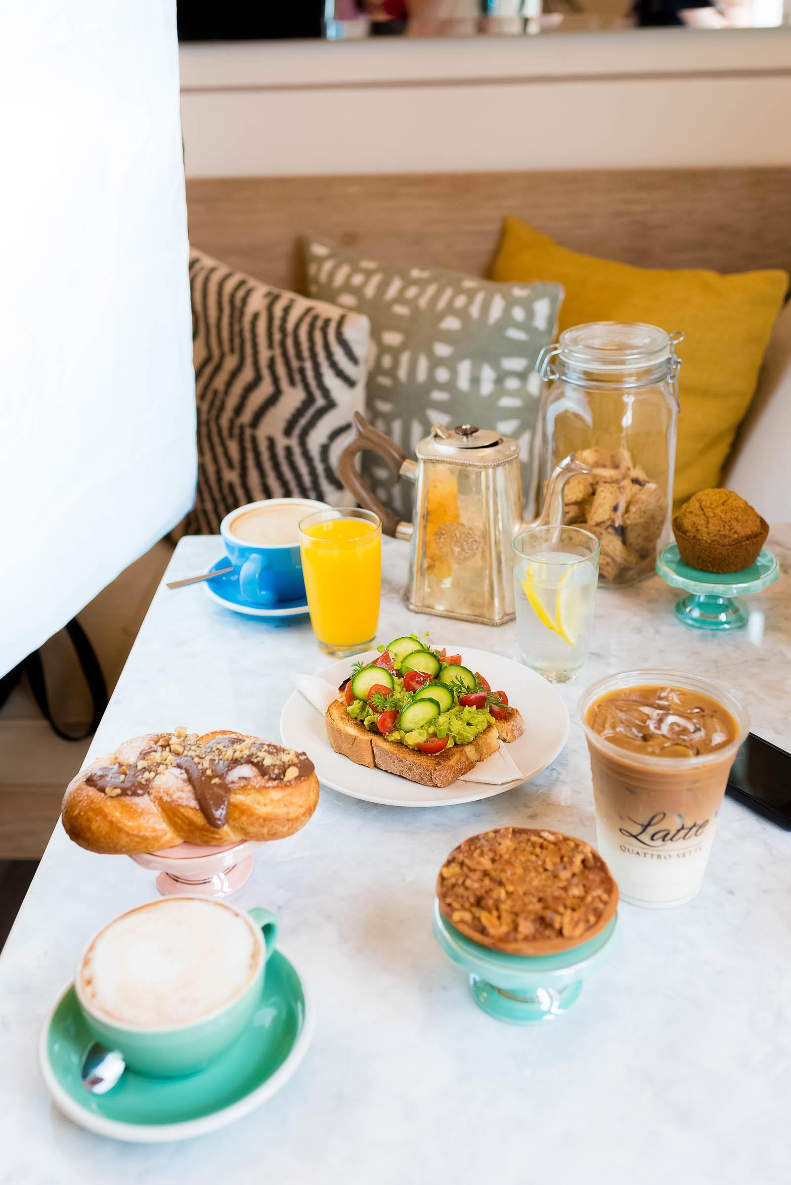 Latte Quattro Sette Coffee Shop Mérida Yucatán Mexico