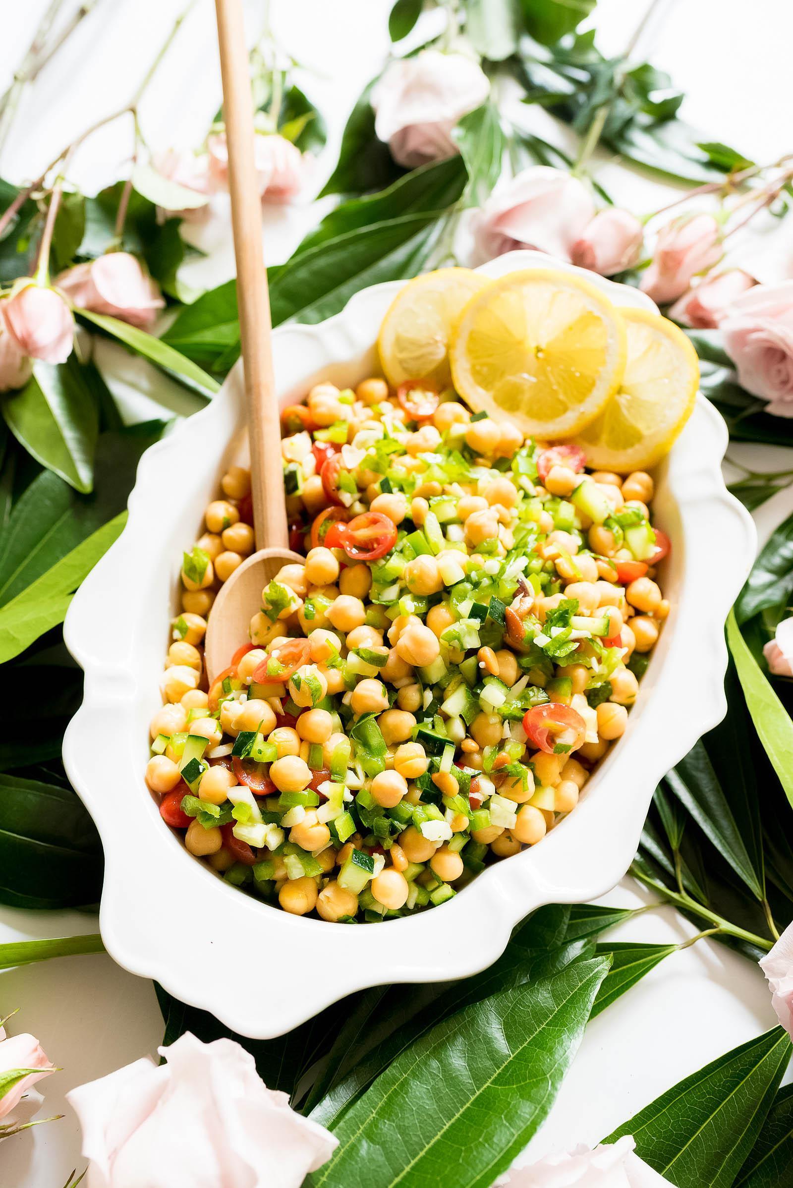 Easy Summer Chickpea Salad Recipe