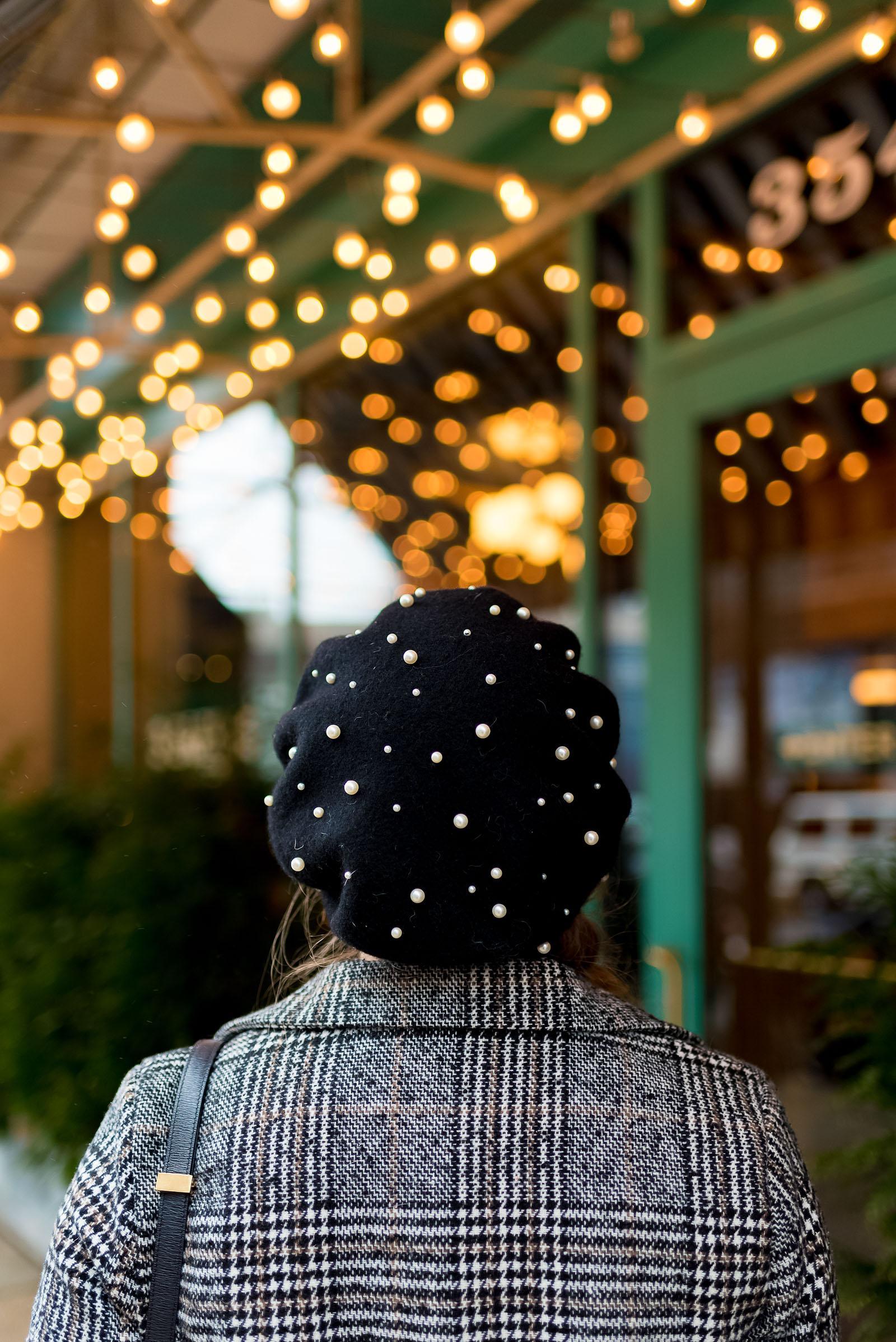 Plaid Tweed Blazer Pearl Beret Outfit